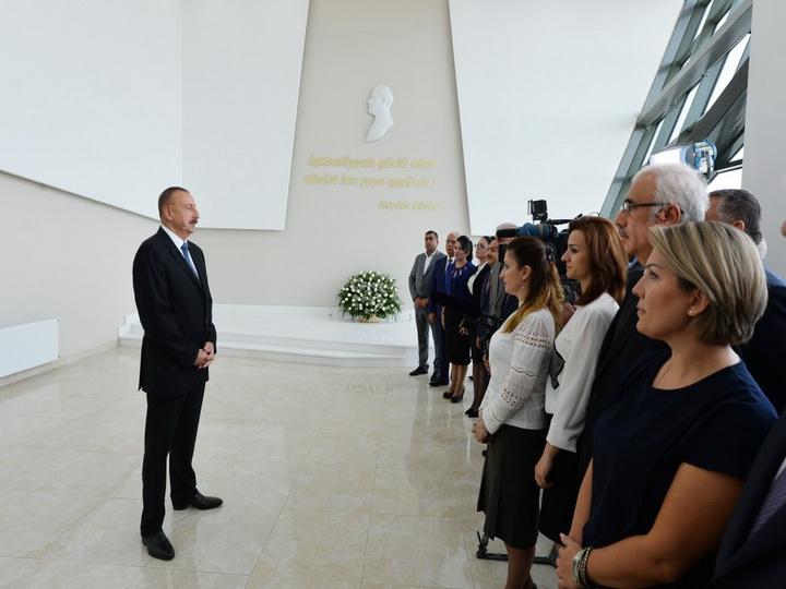 Президент Азербайджана: «Создавая такие зоны, мы со стороны государства оказываем очередную поддержку деловым людям» - ФОТО