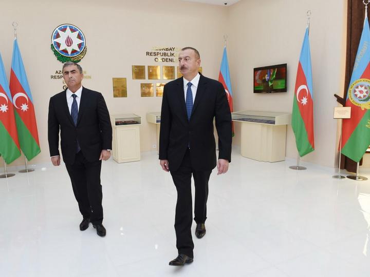 Президент Азербайджана принял участие в открытии Музея Флага в Сальяне - ФОТО