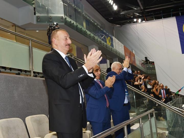 Президент Ильхам Алиев наблюдал за игрой женской сборной Азербайджана по волейболу - ФОТО