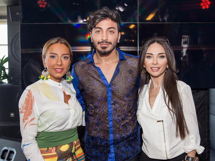 Участник «Səs Azərbaycan» начинает покорение румынского шоу-бизнеса – ФОТО