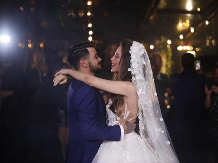 Женился турецкий актер, ранее сделавший операцию по смене пола – ФОТО