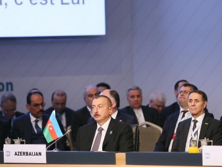 Ильхам Алиев: Выдающая себя за друга мусульманских стран Армения разрушила в Карабахе мечети и религиозные памятники