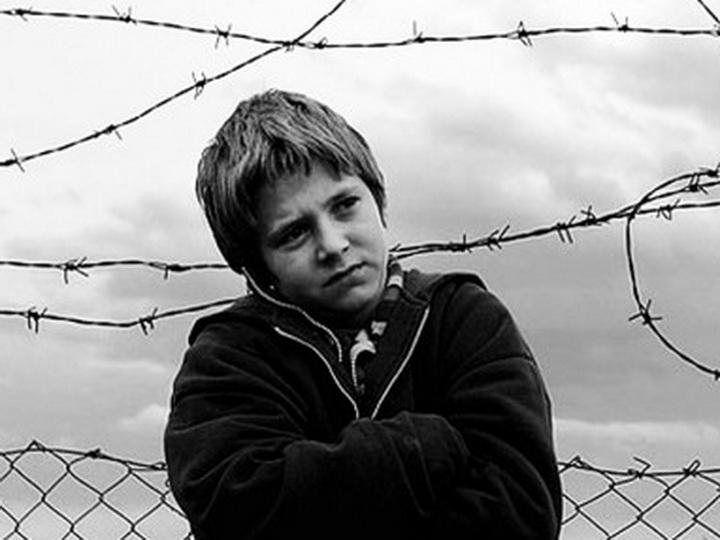 Электронный браслет вместо тюрьмы: Азербайджан даст второй шанс малолетним преступникам