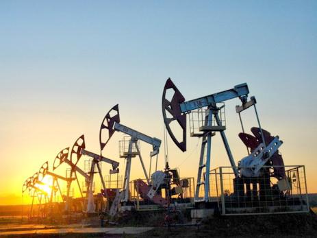 Цена нанефть Brent иWTI понемногу растет