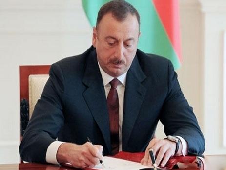Prezident kənd təsərrüfatı işçilərini təltif edib