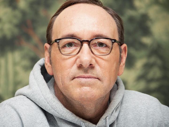 Кевин Спейси пройдет курс лечения после обвинений в сексуальных домогательствах