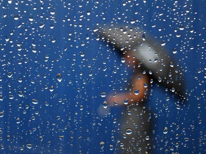 На Абшероне во вторник туманно и дождливо