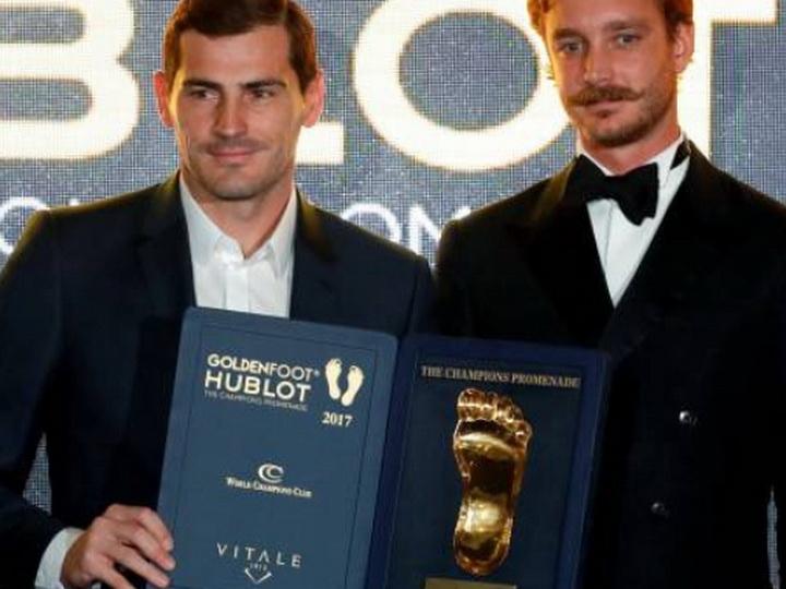 Вратарь «Порту» Икер Касильяс стал обладателем награды Golden Foot