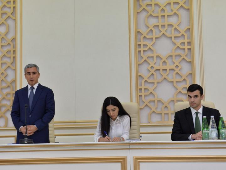По поручению Мехрибан Алиевой представители Фонда Гейдара Алиева провели встречу в Агдаме - ФОТО