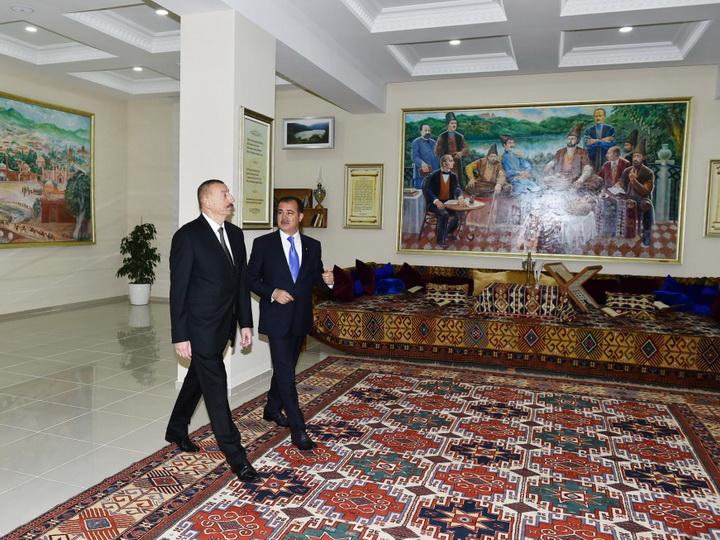 Ильхам Алиев вГяндже Обновлено 14:30; фото