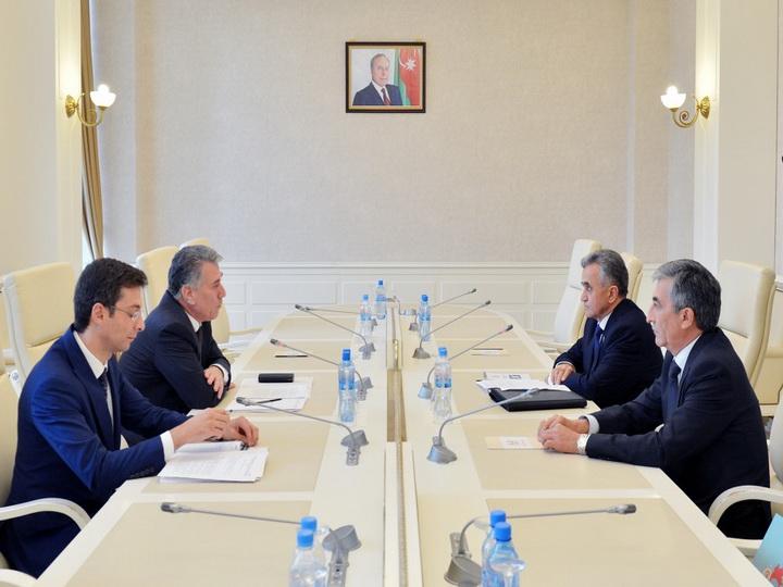 Ziyafət Əsgərov Tacikistan parlamenti sədrinin müavini ilə görüşüb