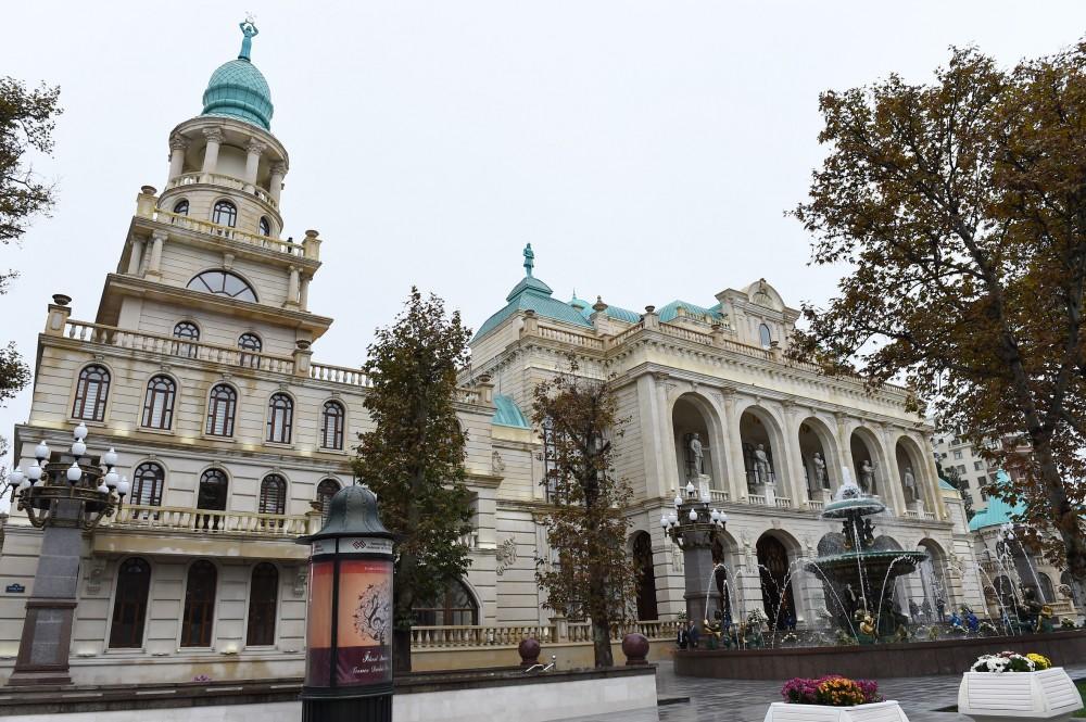 Prezident Gəncə Dövlət Filarmoniyasının yeni binasının açılışında iştirak edib - FOTO
