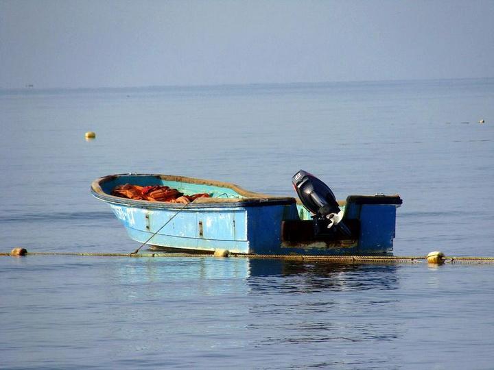 Спасены трое из пропавших на Каспии четырех рыбаков