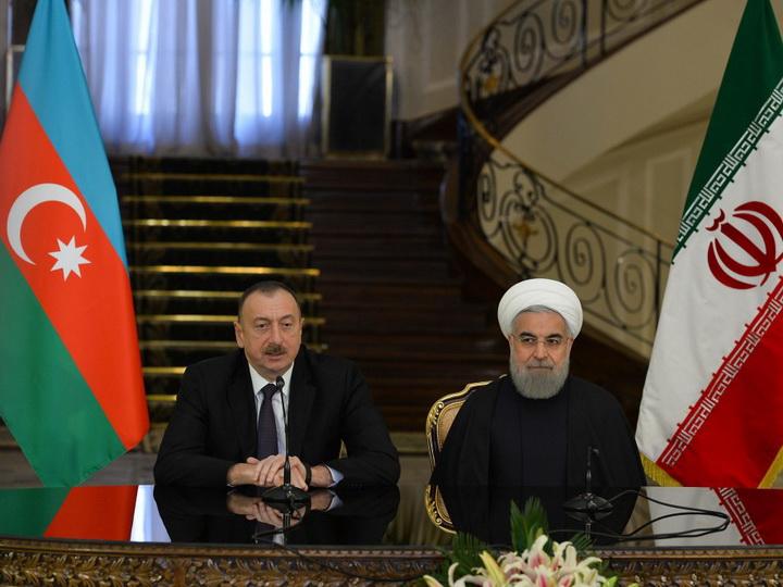 Ильхам Алиев выразил соболезнования Хасану Роухани в связи с жертвами землетрясения в Иране