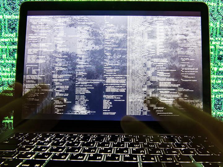 Хакеры вывели из киевского банка почти миллион долларов