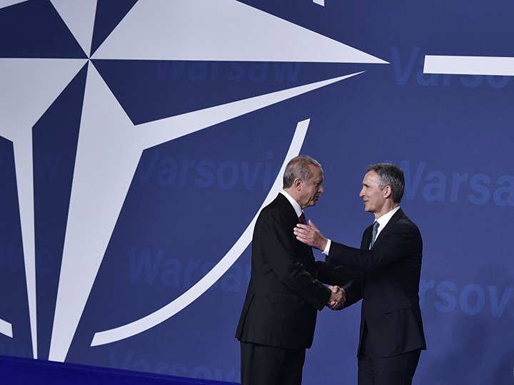 Генсек НАТО еще раз извинился перед Эрдоганом за инцидент на учениях