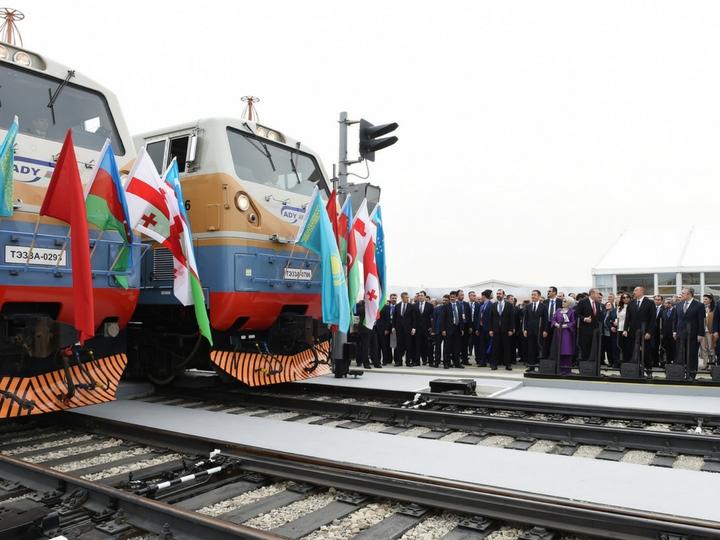Большие надежды: Станет ли эта осень судьбоносной для Азербайджана?