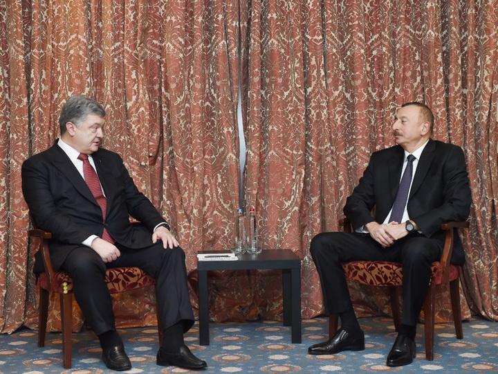 Prezident İlham Əliyev Brüsseldə ukraynalı həmkarı Petro Poroşenko ilə görüşüb - FOTO - YENİLƏNİB