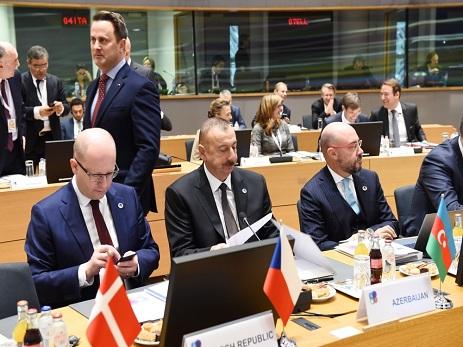 Prezident İlham Əliyev Brüsseldə Şərq Tərəfdaşlığı sammitində iştirak edib - FOTO - YENİLƏNİB