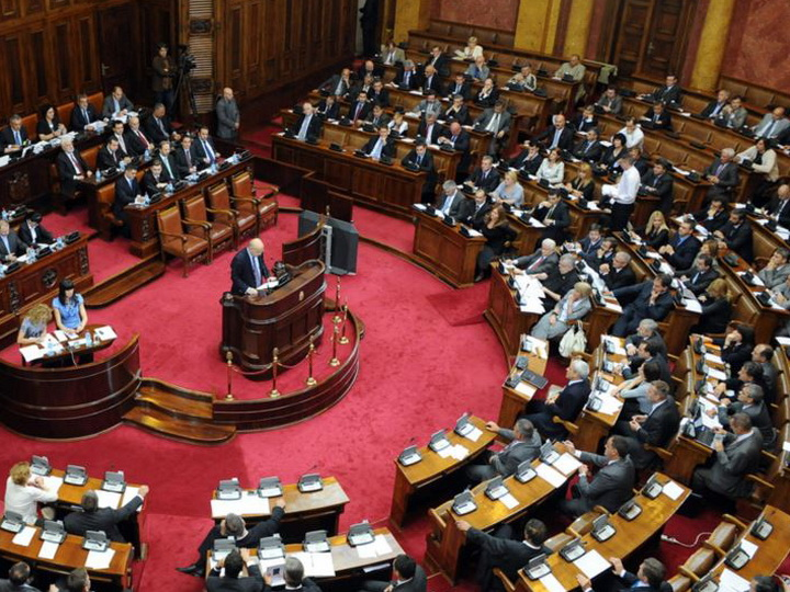 Парламентарии Сербии сообщили о давлении на Белград со стороны НАТО