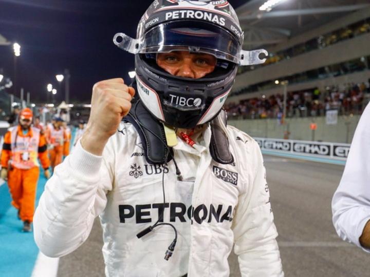 Боттас одержал победу квалификацию заключительного этапа «Формулы-1»