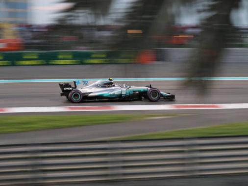 Гран-при Абу-Даби: Боттас выиграл гонку, чемпион – второй