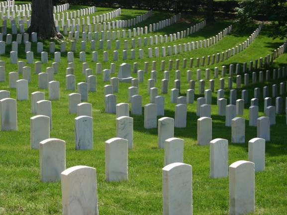 Надгробные плиты в Азербайджане будут одинаковыми