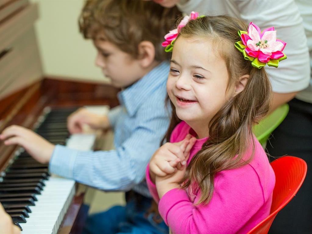 Социальный проект: Солнечные дети - они такие же, как и все – ФОТО – ВИДЕО