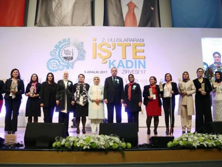 Ailə, Qadın və Uşaq Problemləri üzrə Dövlət Komitəsinin sədri Ankarada keçirilən Sammitdə çıxış edib – FOTO