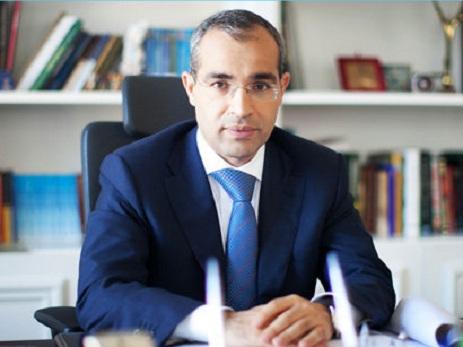 Ramiz Mehdiyev Mikayıl Cabbarovu kollektivə təqdim edib