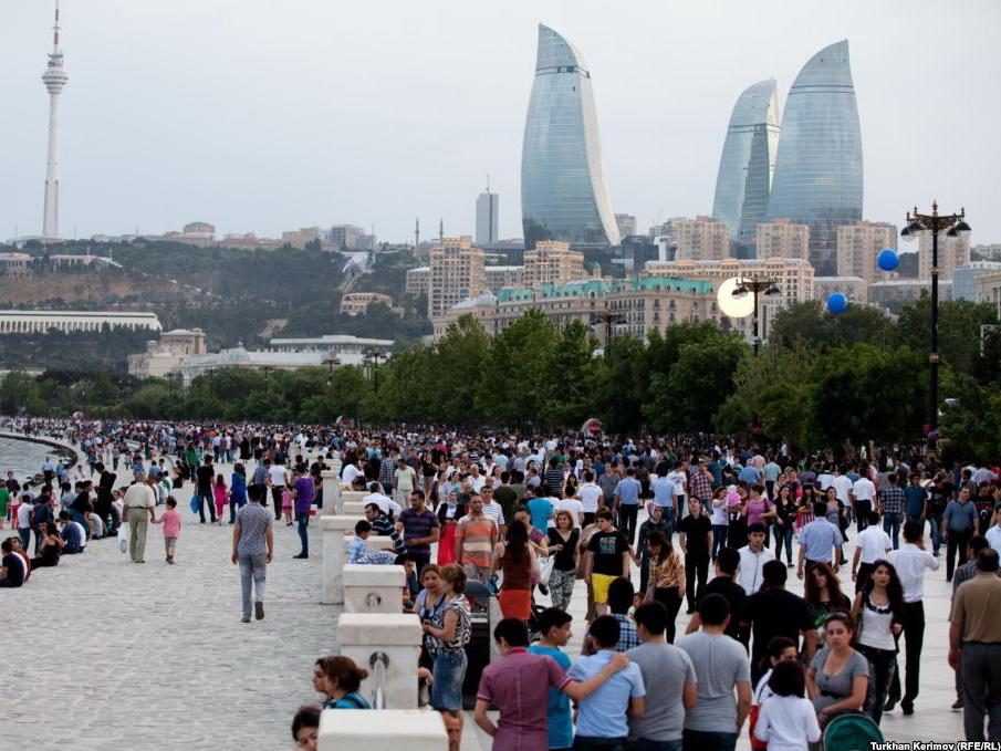 Около 80 процентов граждан Азербайджана с оптимизмом оценивают будущее страны