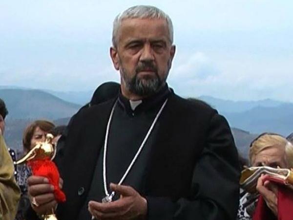 Армяне в Грузии обвиняют католического священника в педофилии и краже иконы