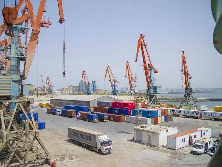 Выросла перевалка грузов по маршрутам Баку-Актау-Баку и Баку-Курык-Баку