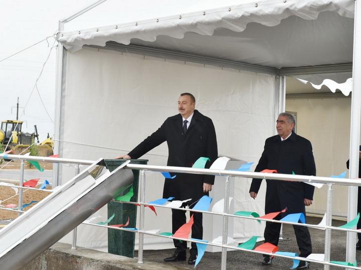Президент Ильхам Алиев принял участие в закладке нового участка автомобильной дороги Баку - граница России - ФОТО