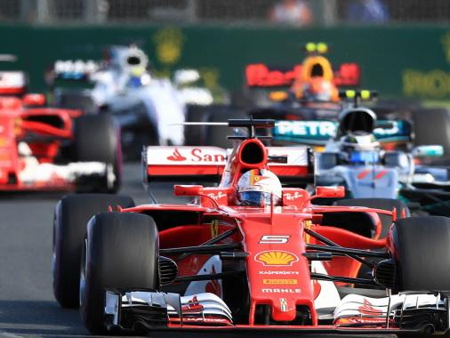 FIA утвердила календарь Формулы-1 на 2018 год