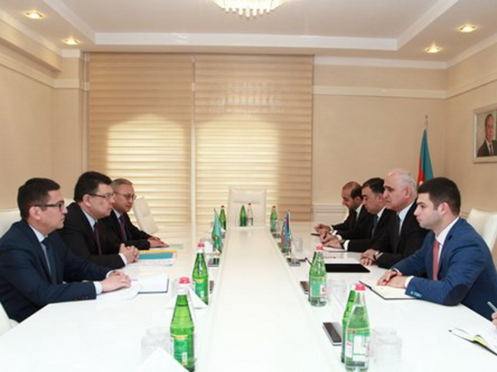 Азербайджан иКазахстан создают рабочие группы