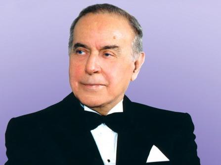 Гейдар Алиев: Мгновения большой жизни - ФОТОКОМПОЗИЦИЯ