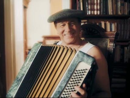 Арас Агаларов снялся в клипе, или Как песня EMIN'а «Still» звучит на азербайджанский лад – ВИДЕО