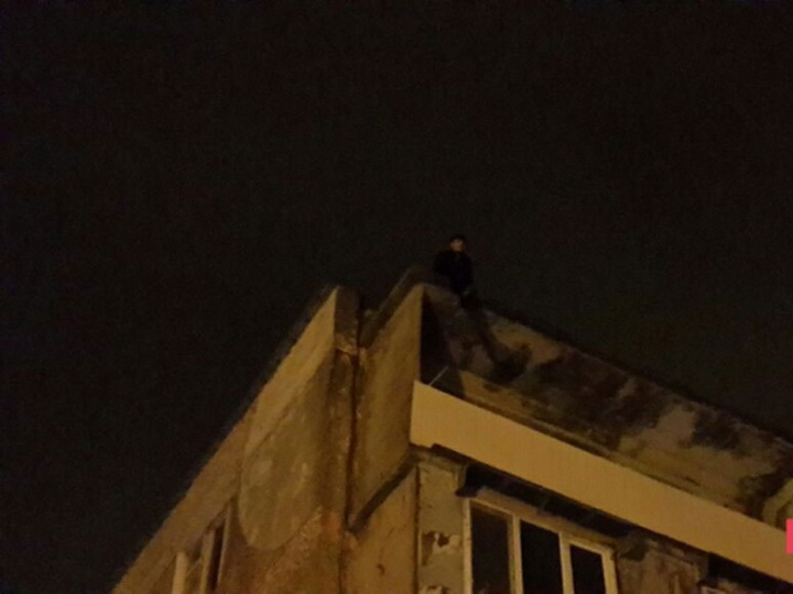 Новые подробности предотвращенного в Баку самоубийства - ФОТО - ОБНОВЛЕНО