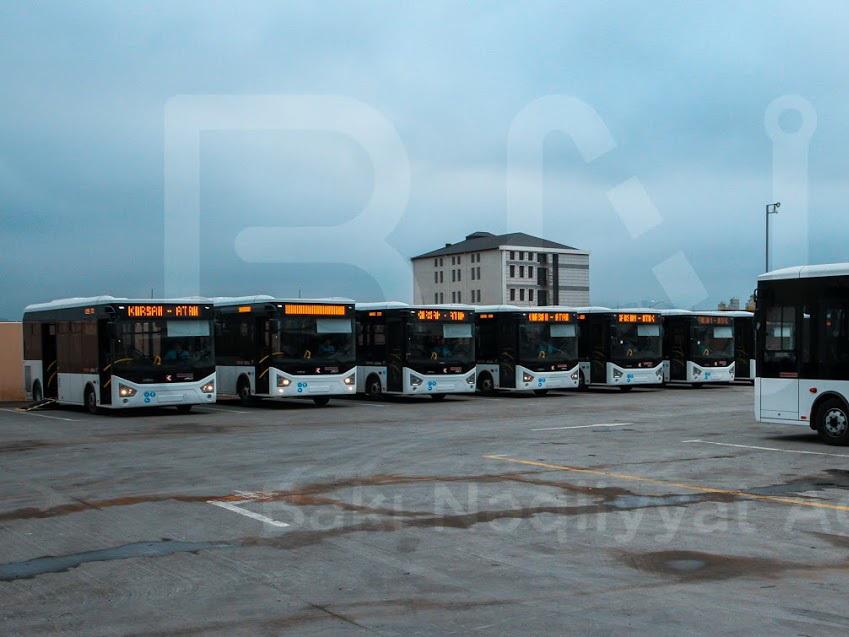 В Баку доставлены новые автобусы, отвечающие стандарту Евро-5 – ФОТО