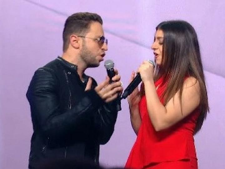 Суада Алекперова спела дуэтом с Брэндоном Стоуном в шоу «Во весь голос» - ВИДЕО