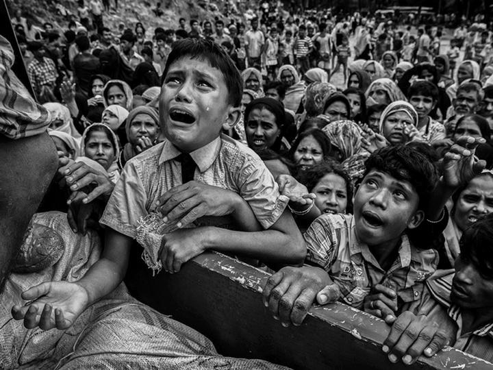 Мусульмане Мьянмы сотнями умирают от голода в грязи - ФОТО