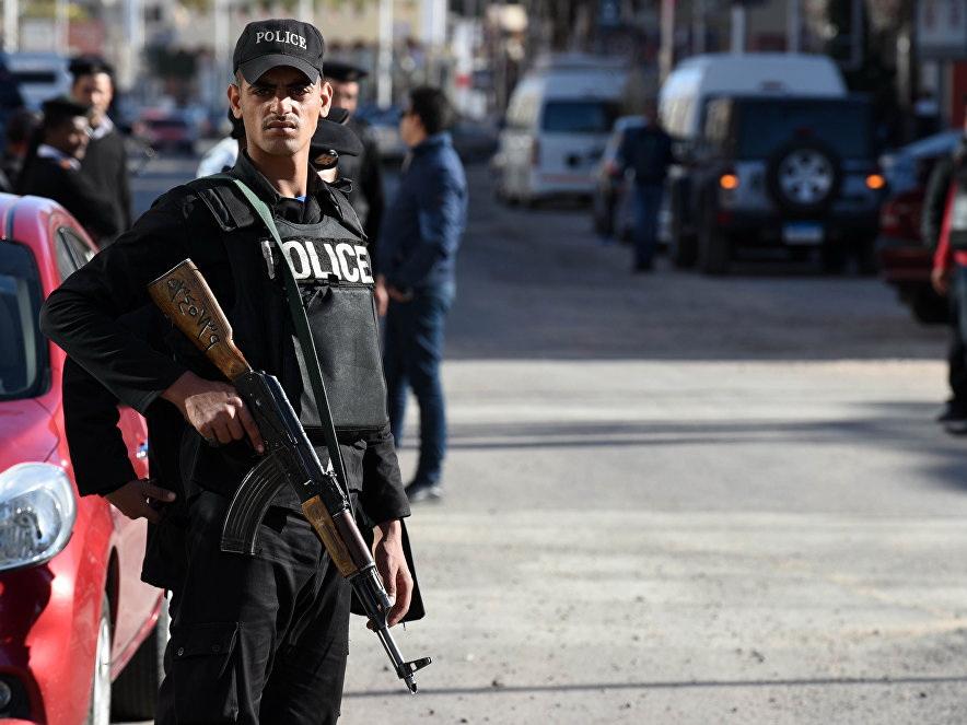 Стрельба вКаире, 10 погибших