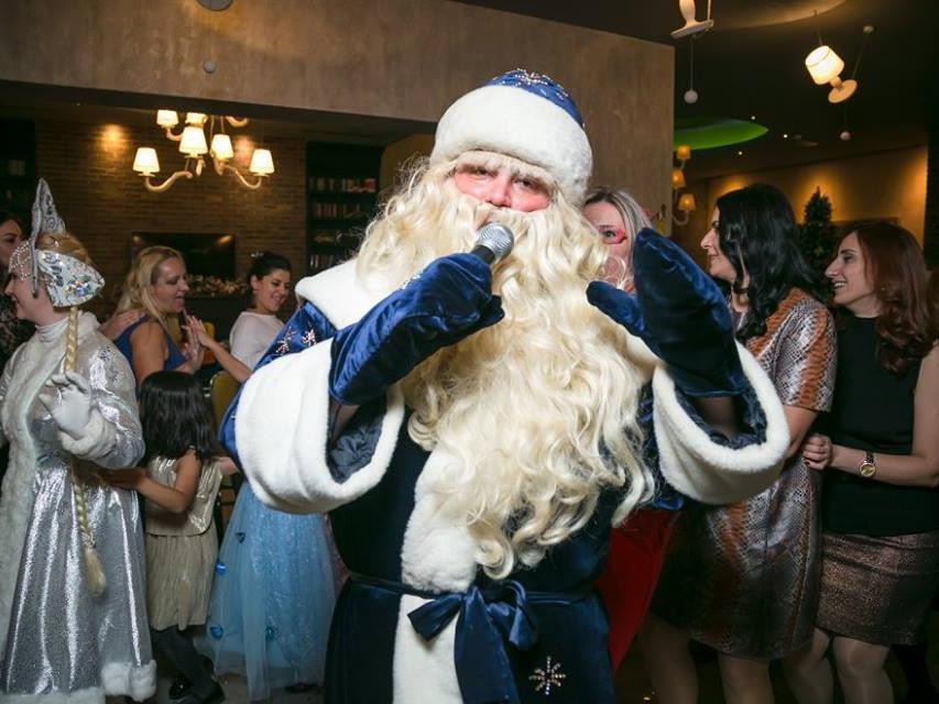 Бакинский Дед Мороз: «Однажды ребенок попросил меня вернуть отца. Это было самое трогательное желание…» - ФОТО