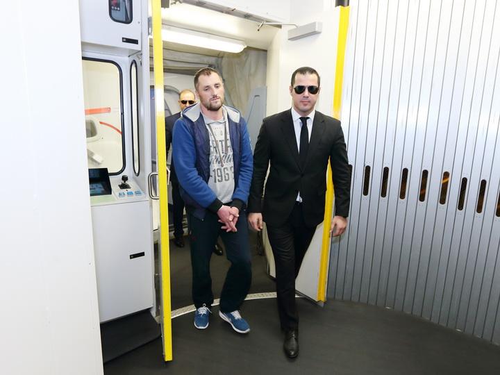Хакер, обокравший азербайджанские банки на 3 миллиона, доставлен в Баку