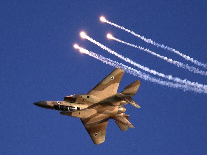 Израильские военные нанесли удар вответ наобстрелы изсектора Газа