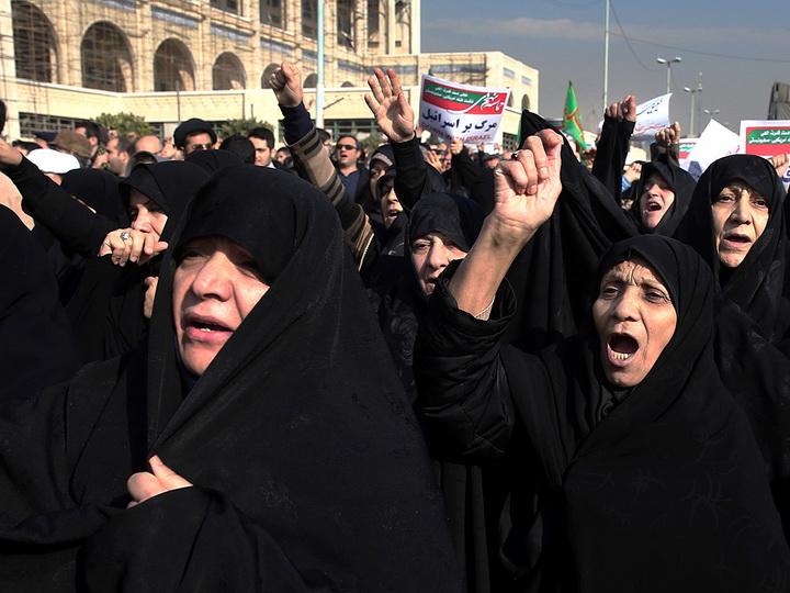 Протесты вИране: вновогоднюю ночь милиция убила 10 демонстрантов
