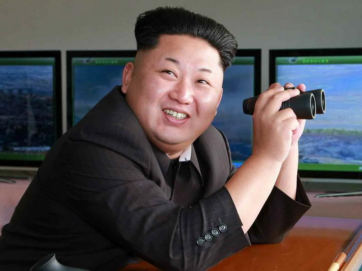 Ким Чен Ын: «Ядерная кнопка у меня на столе»