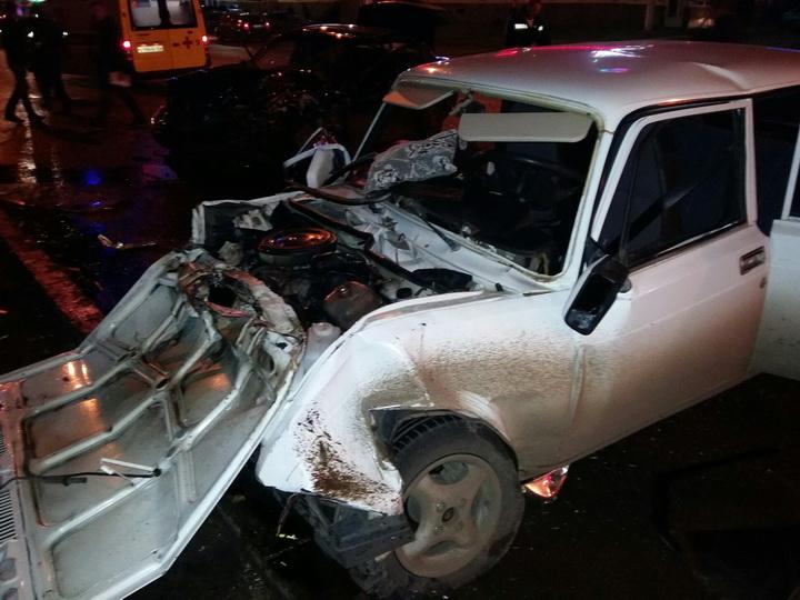 В Азербайджане пьяный водитель сбил 7 человек: 1 погиб, 2 тяжело ранены