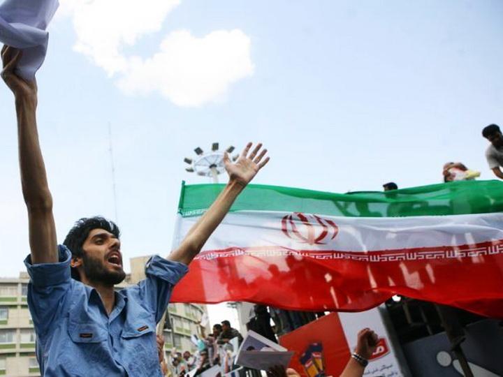 В Иране проходят акции протеста против насилия